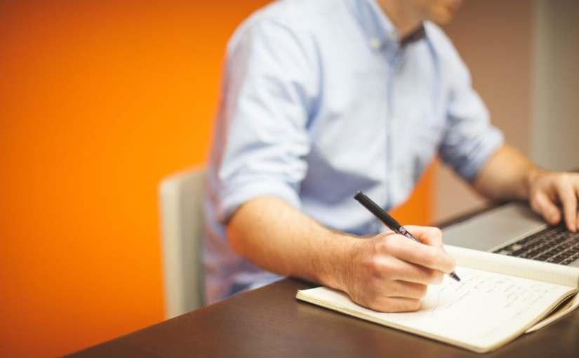 3 hábitos para el trabajo que no se adquieren en launiversidad
